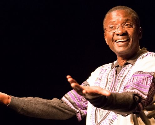 Pie-Tshibanda sur scène